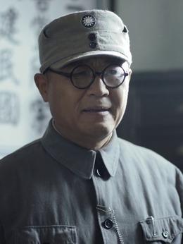 刘伯承(张再新饰演)