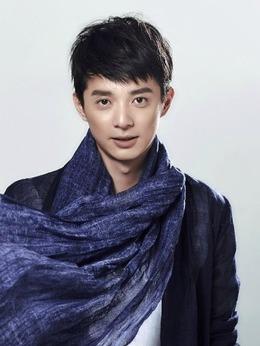 夏冬青(刘智扬饰演)