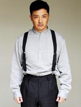 龙火(富大龙饰演)
