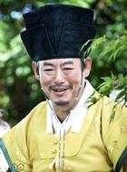 杨氏(成东镒饰演)
