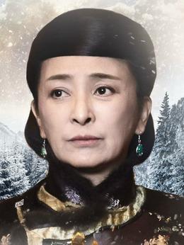 白老太太(李勤勤饰演)