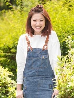 叶晓秋(李燕饰演)