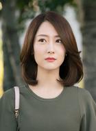 何馨(白冰饰演)
