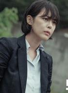 姜权珠(李荷娜饰演)