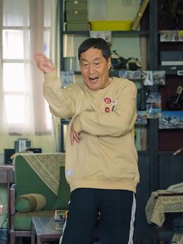 那安(白志迪饰演)