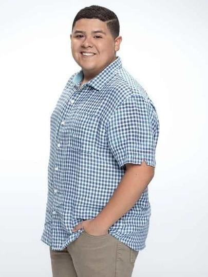 曼尼(Manny Delgado)