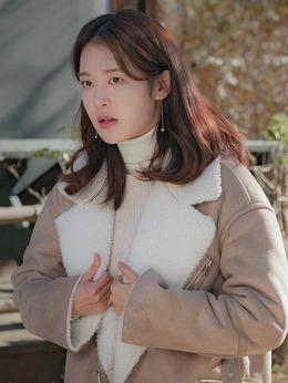宋海丽(郑有贞饰演)