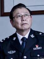 罗旭(王泉饰演)