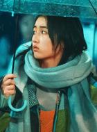小女孩(张子枫饰演)