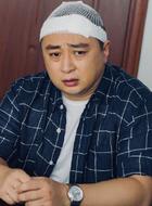 崔英俊(董可飞饰演)