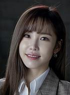 姜智恩(全孝盛饰演)