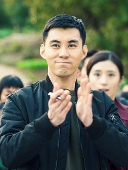 孙伟(战立国饰演)
