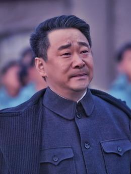 赵坤(王景春饰演)