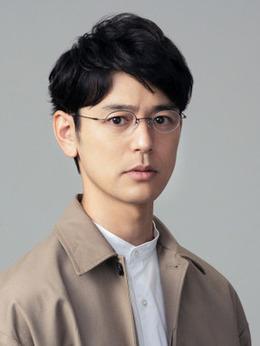 手岛伯朗(妻夫木聪饰演)