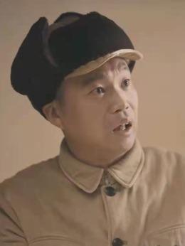 赵多福(王迅饰演)