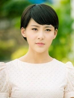 安娜(贾青饰演)