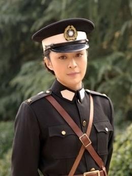 王凤(李舜饰演)