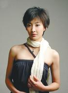 陈燕青(周知饰演)