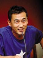 谭父(王志飞饰演)
