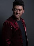李明亮(张磊饰演)