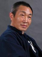 警察局局长(杜源饰演)
