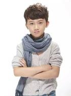 李云哲(少年)(陈旭饰演)
