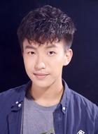 白桐(黄浚良饰演)