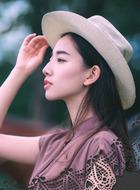 温小雅(马德丫饰演)
