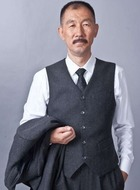 老丈(聂怀桑)(孙亮饰演)