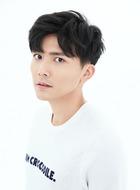 姜浩明(范一宣饰演)